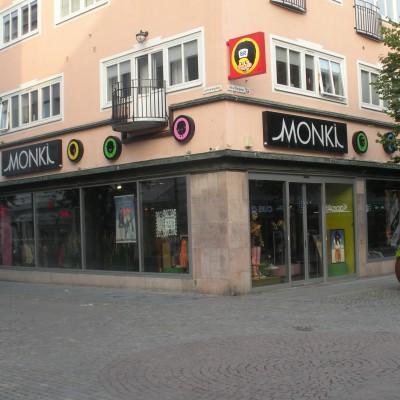 Monki 2010